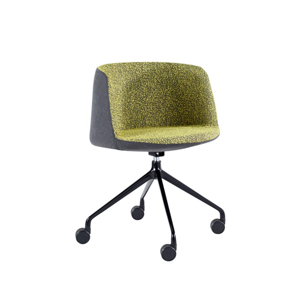 macphersons_classic_range_reception_soft_seating_chairs_aleo_castors