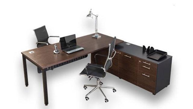 macphersons_melamine_desking_euro_desk